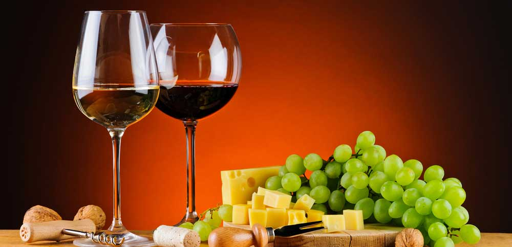 Wine_Grapes_Cheese_Nuts_467165_3840x2400.jpg