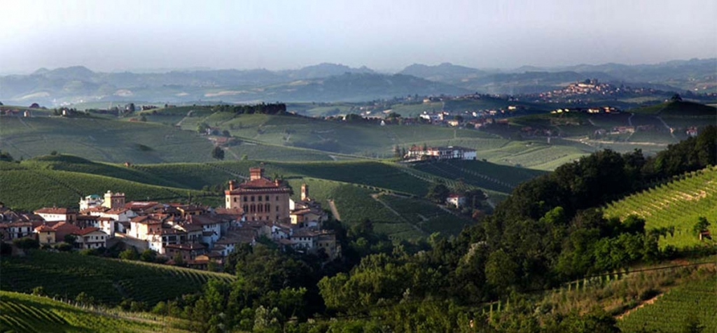 wine-food-langhe-wine-asti-italycreative.jpg