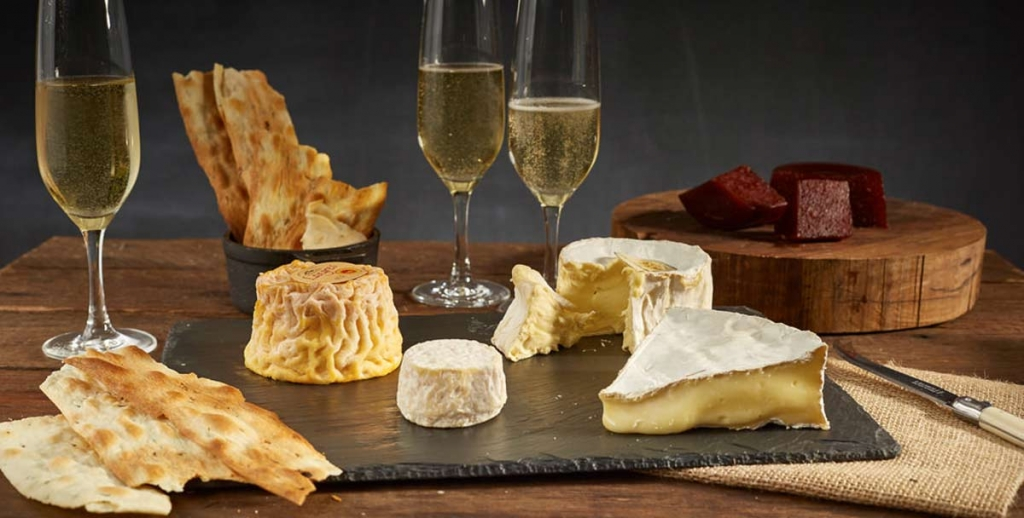 Cheese-and-sparkling-wines-a-great-pairing.jpg