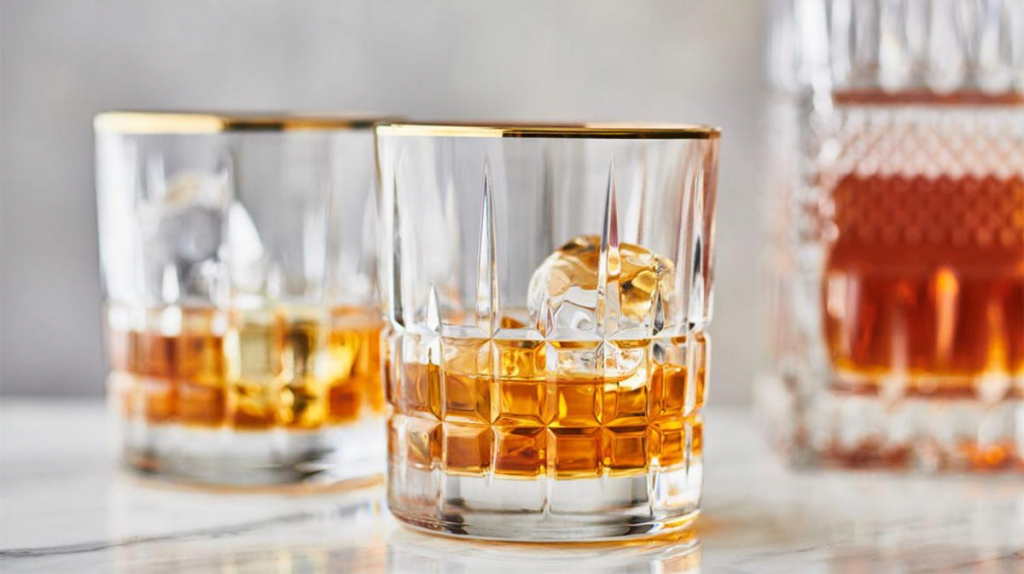 whiskey-glass-bourbon-liquor-1296x728-header-1296x728.jpg