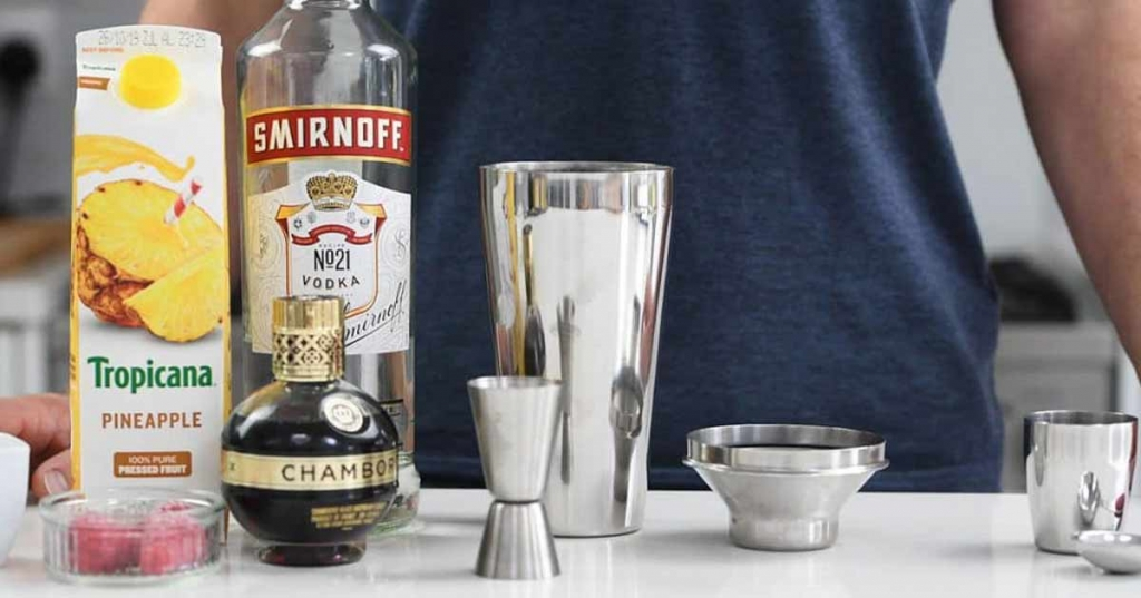 French_martini_ingredients-1024x576.jpg